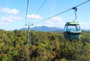 Skyrail cable car Cairns with kids