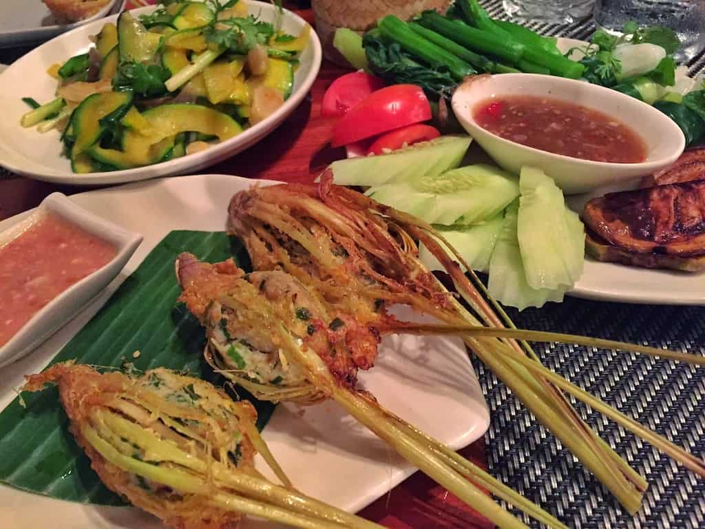 Best restaurants in luang prabang mum on the move for Tamarin cuisine