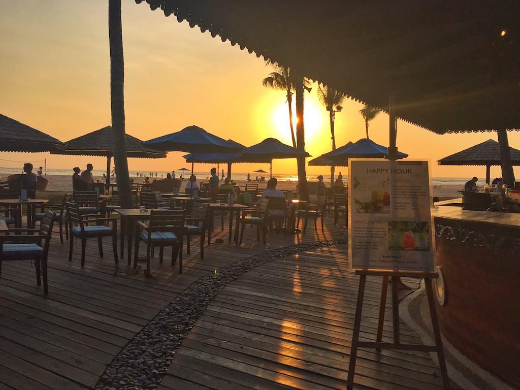 Shangri-La Rasa Ria Sampan Bar