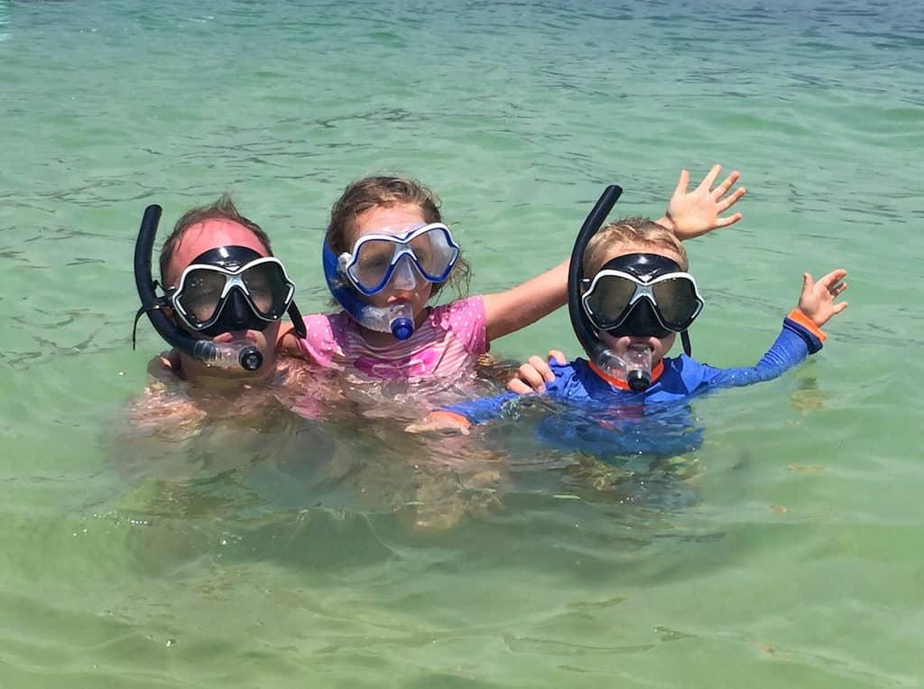 snorkeling sapi island