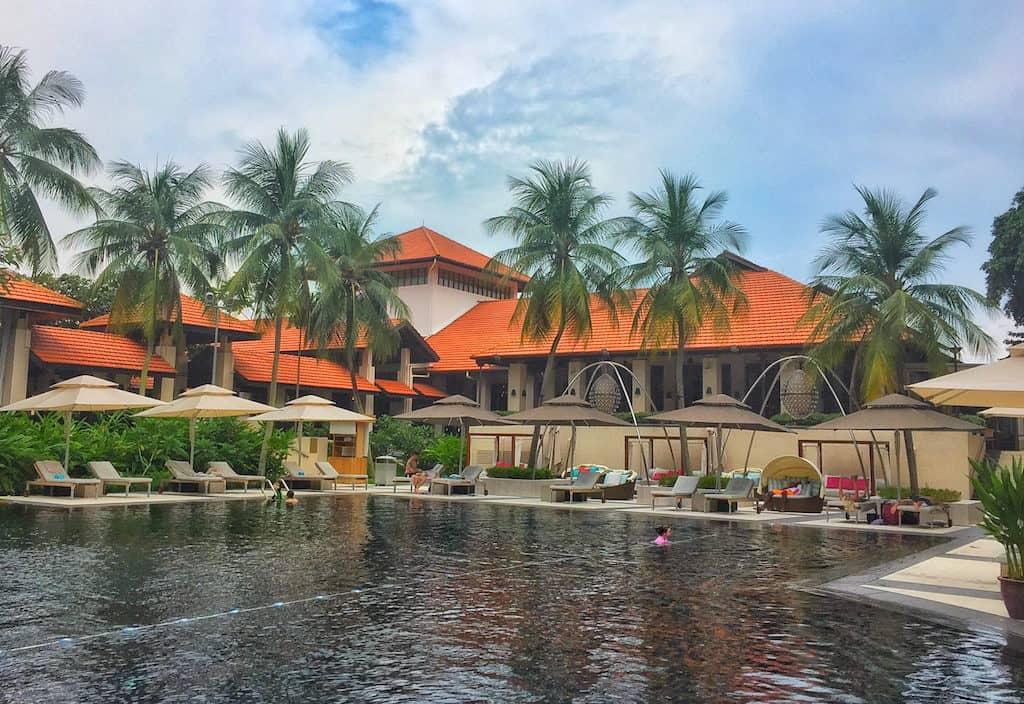 Singapore Sentosa Resort & Spa pool