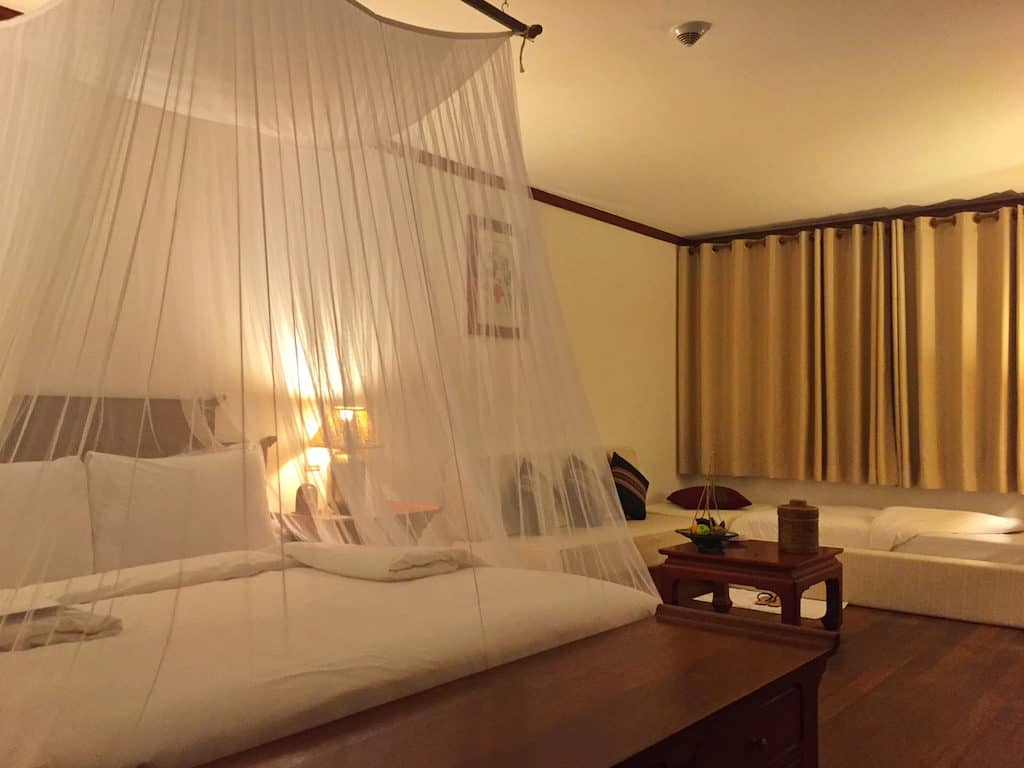 Belmond Governors Residence bedroom