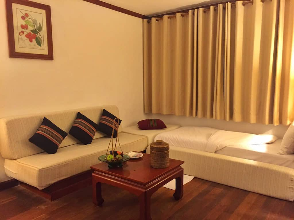 Hotel review of the Belmond Governors Residence bedroom