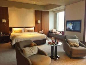 Shangri-La Taipei bedroom