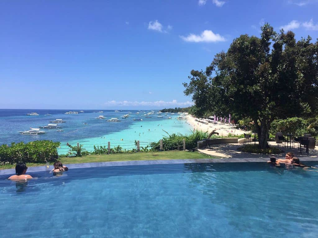 Amorita Resort Bohol infinity pool