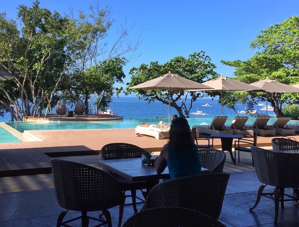 Amorita Resort Bohol restaurant