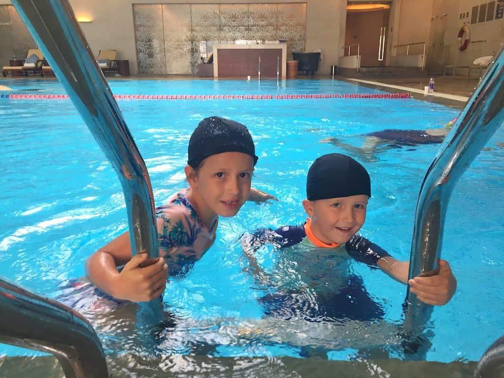 Shangri-La hotel Chengdu pool