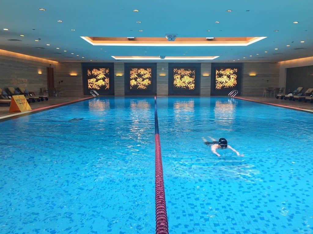 Shangri-La hotel Chengdu swimming pool