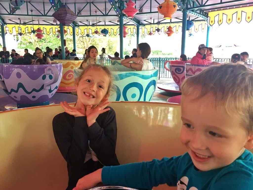 Teacups HK Disneyland rides