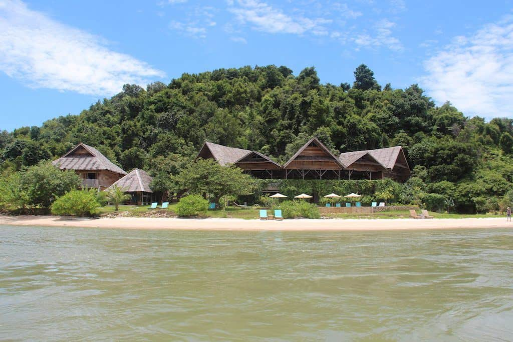 Telunas Private island resort