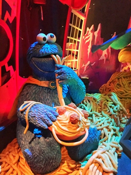 Universal Studios Singapore Review | Mum on the MoveUniversal Studios Singapore Sesame Street Spaghetti Space Chase