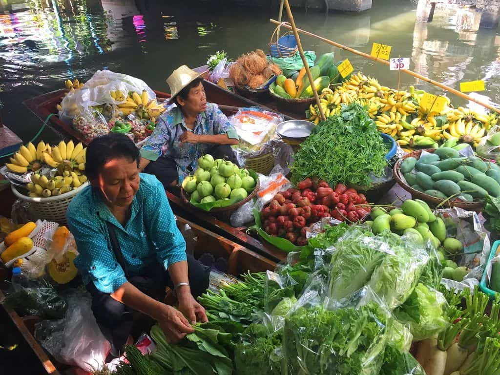 Best floating market Bangkok