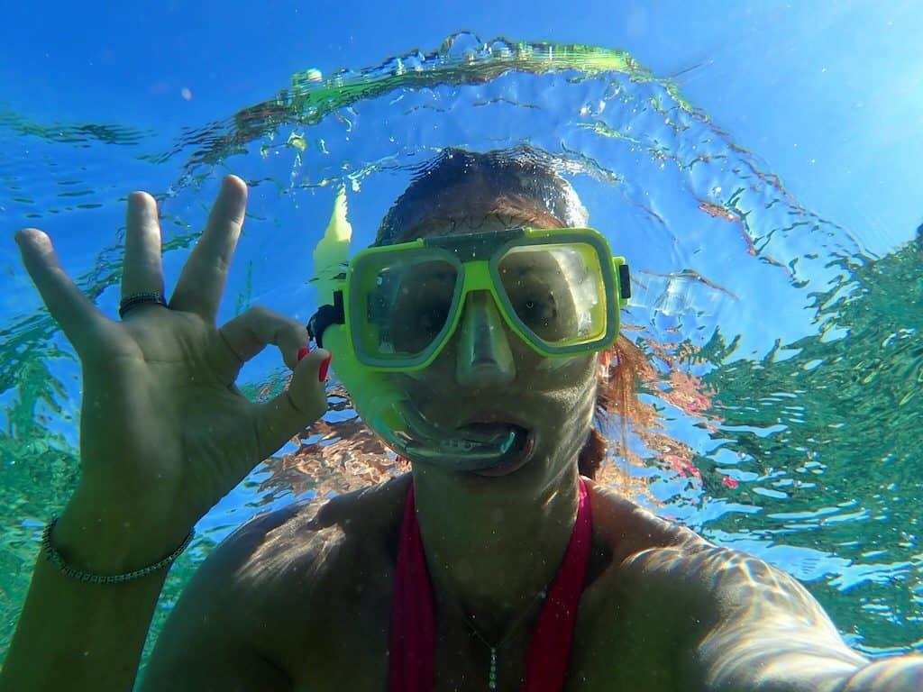 Castaway Island snorkelling Fiji