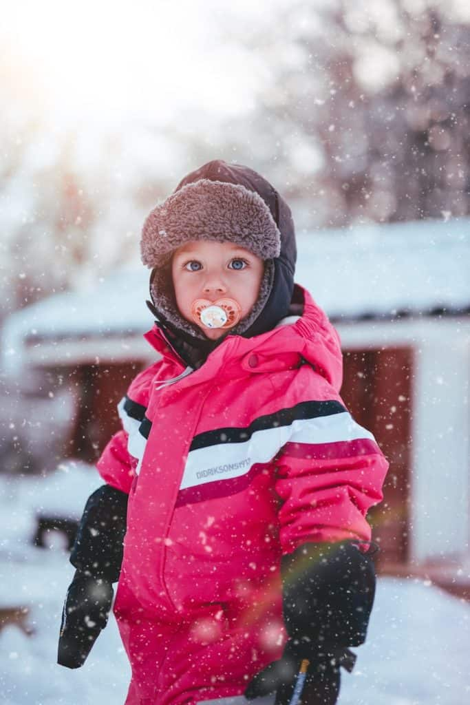 Queenstown child in snow