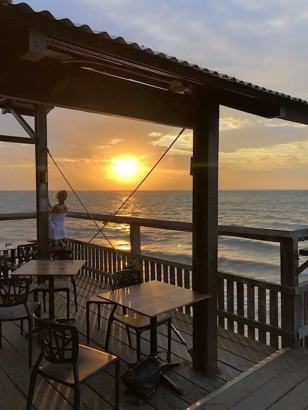 Kingfisher Bay sunset bar