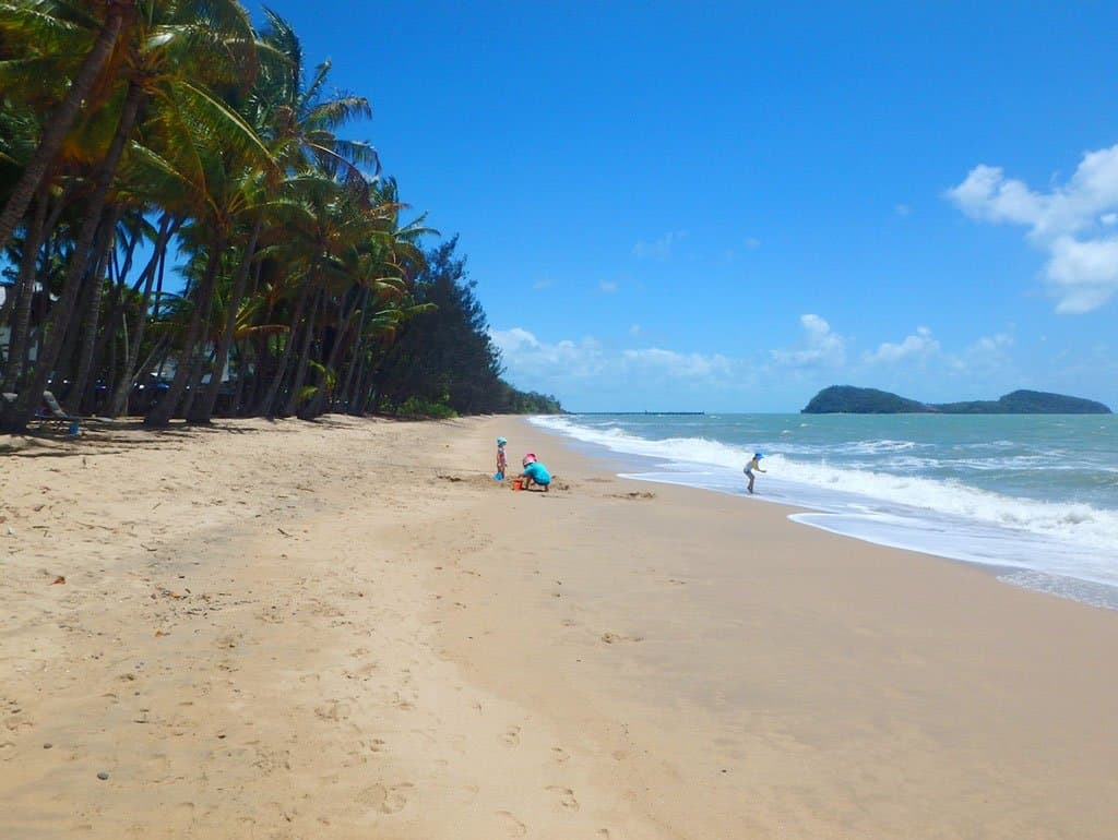 Beach in front of Peppers Beach Club & Spa Palm Cove